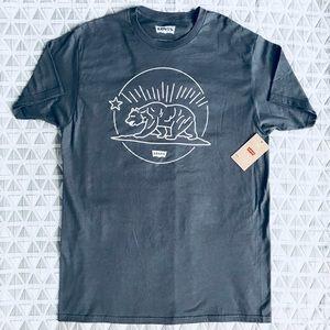 NWT Levi's  Grey T Shirt L